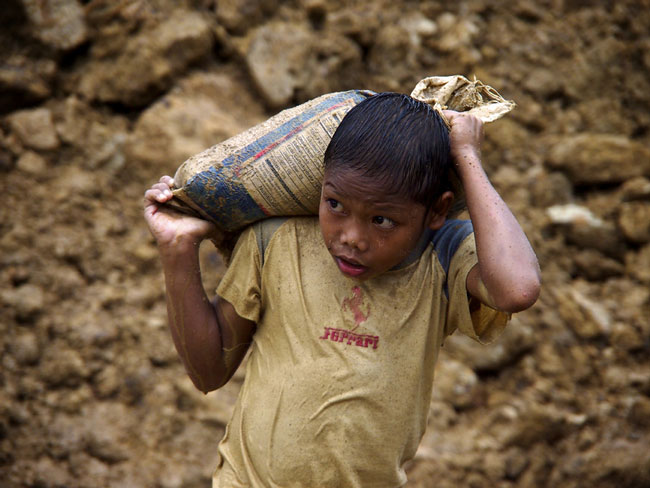 Price-Philippine-Gold-Child-Labor-86