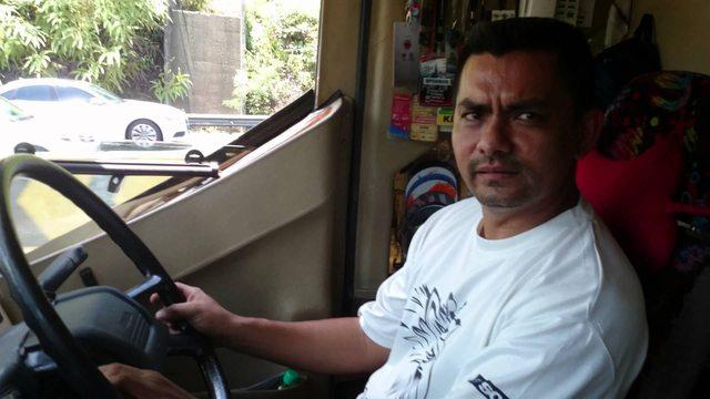 pemandu bas