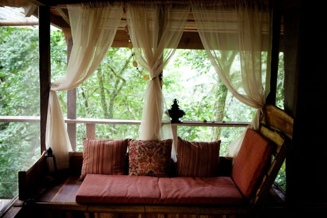 experience_treehouse_living_in_forested_costa_rica_resort_640_10