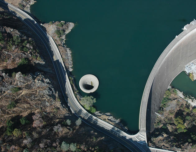 monticello_dam_drain_glory_hole_usa_arial_view1