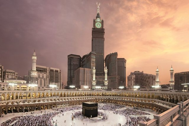 royal-clock-tower-makkah-aerial