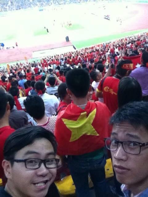 penyokong bola sepak vietnam