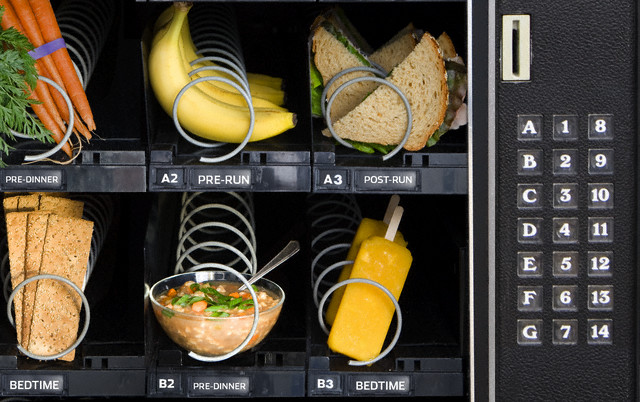 Vending Machine with Daily Meals
