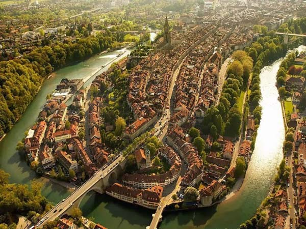 30 Gambar Pemandangan Menarik Dari Udara Dari Bandar-Bandar Di Seluruh Dunia - My Media Hub 12