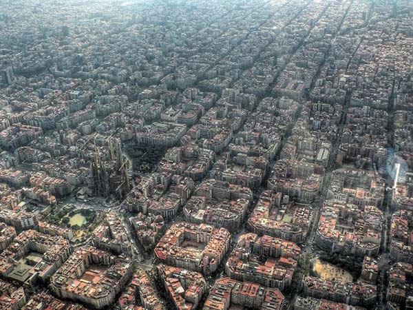 30 Gambar Pemandangan Menarik Dari Udara Dari Bandar-Bandar Di Seluruh Dunia - My Media Hub 2