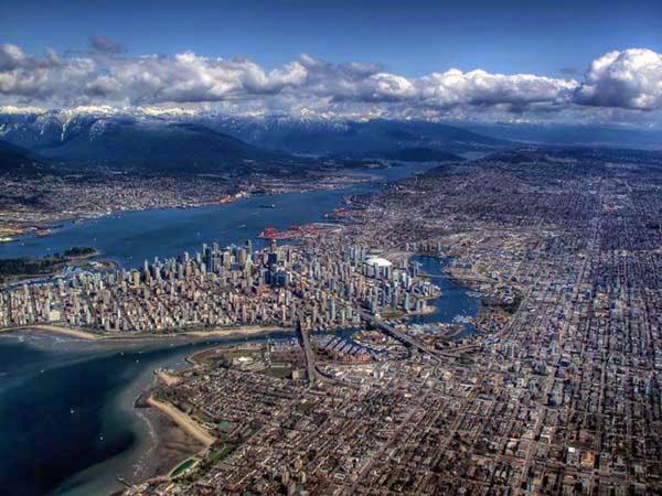 30 Gambar Pemandangan Menarik Dari Udara Dari Bandar-Bandar Di Seluruh Dunia - My Media Hub 20