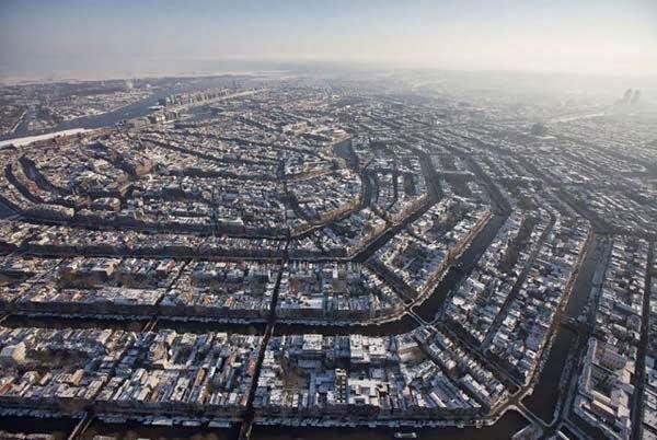 30 Gambar Pemandangan Menarik Dari Udara Dari Bandar-Bandar Di Seluruh Dunia - My Media Hub 8