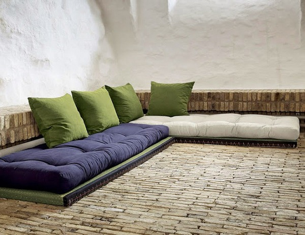 build-pallet-sofa-cushion-pads-themselves