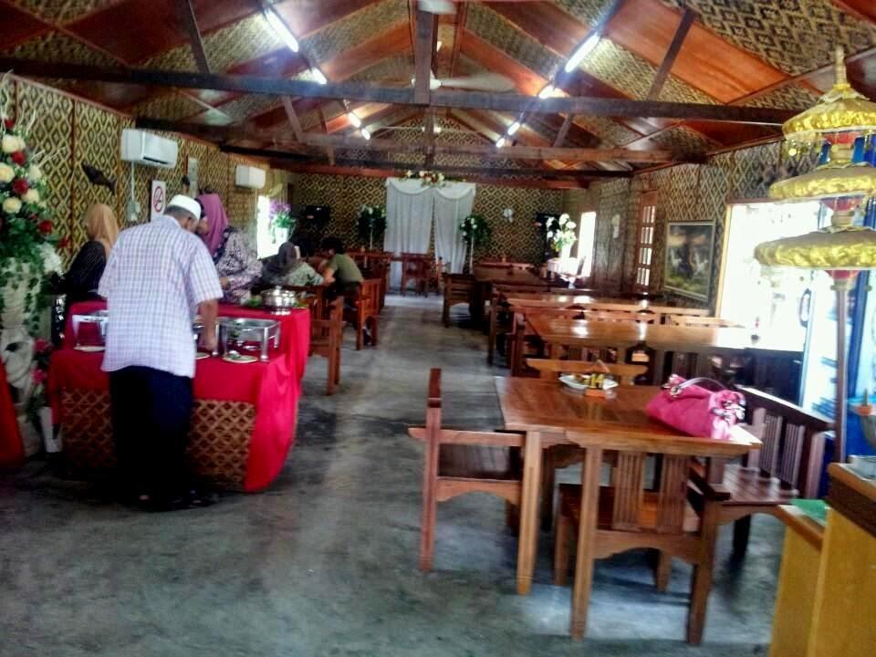 hard-wood-cafe