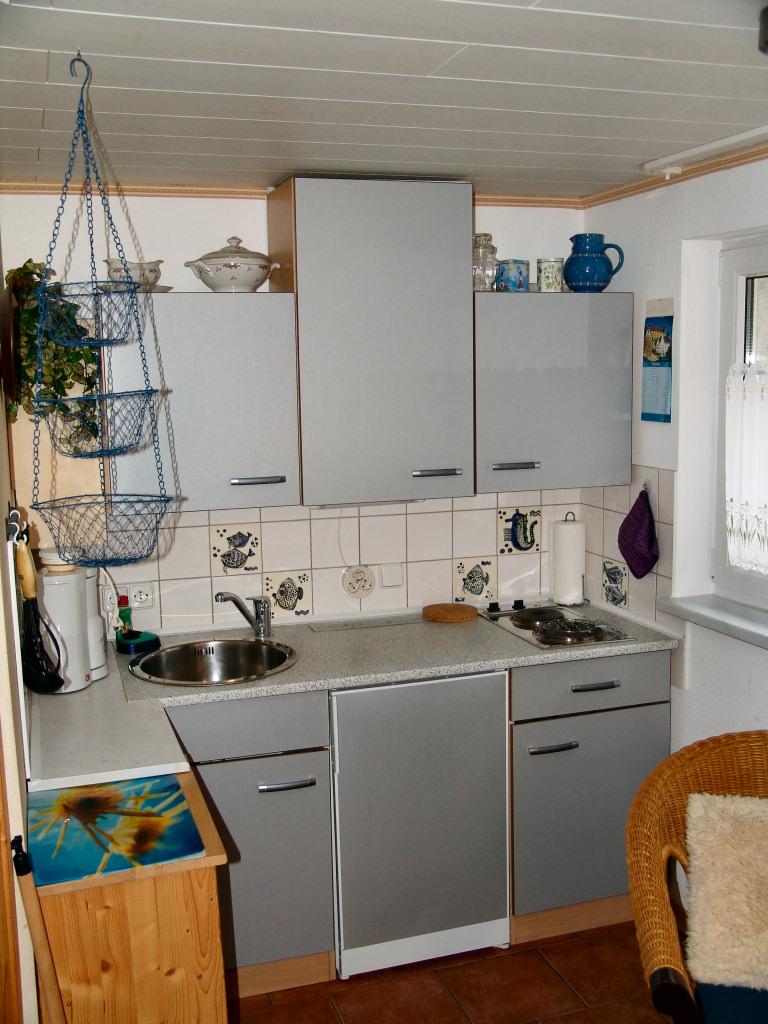 idea-dekorasi-dapur-kecil-37