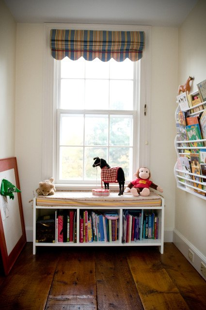 kids-bedroom-reading-area-teaxpxoz