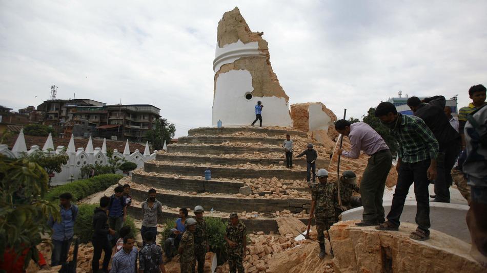 Dharahara-Tower-nepal
