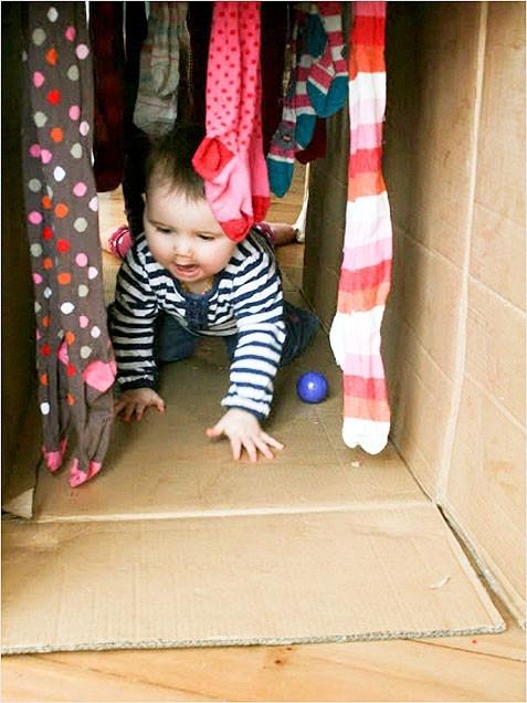crawl through tunnel
