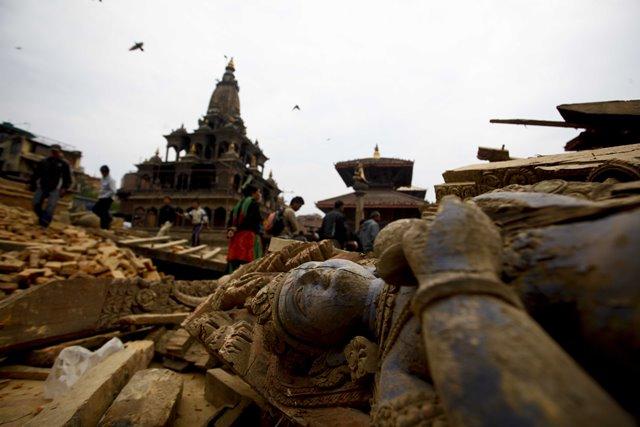gempa-bumi-nepal-2015-6