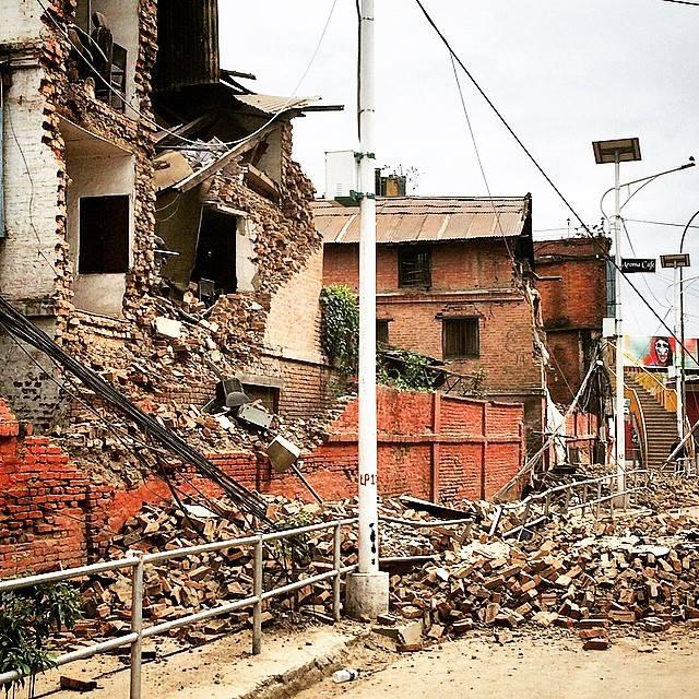 pengalaman-gempa-bumi-di-nepal-3