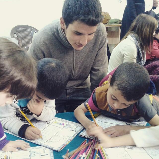 sekolah-anak-syria-1