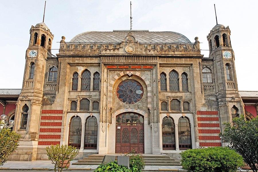 sirkeci-railway-station-turki-2