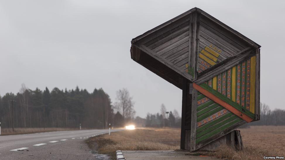 bus-stop-bekas-jajahan-soviet-13