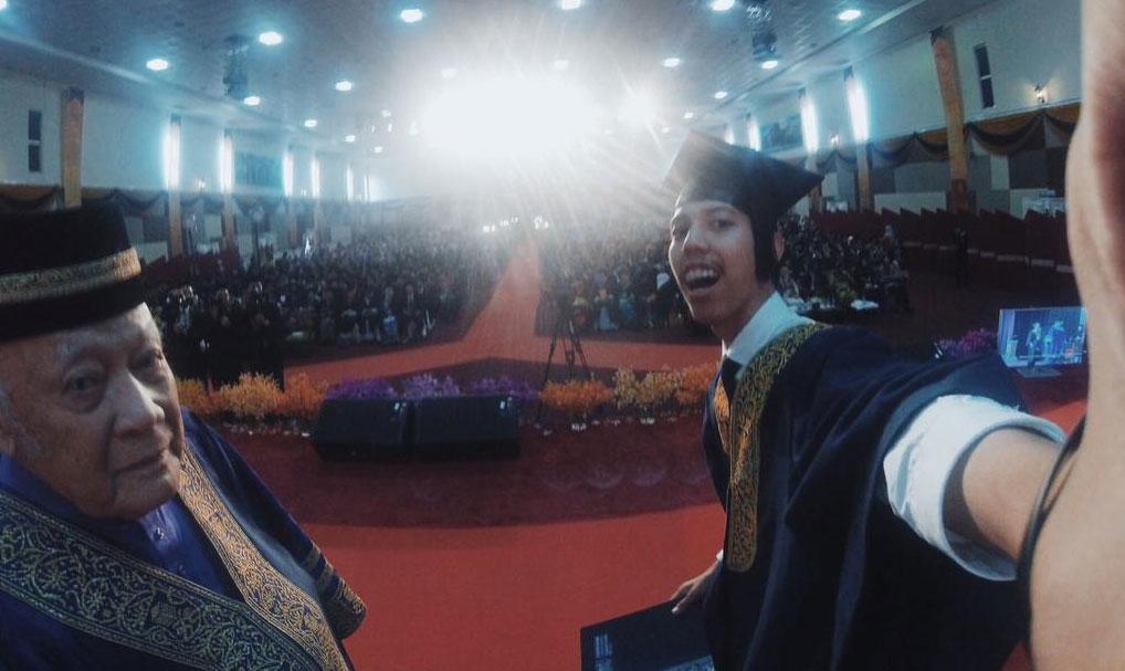 pelajar-uitm-selfie
