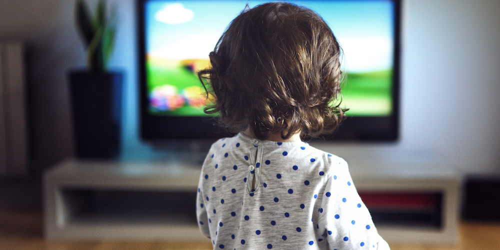 Kids-watching-TV-only-one-hour-a-day-likely-to-be-obese