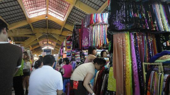 ben-thanh-market-2