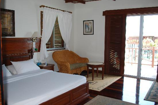 mabul-water- bungalows-3