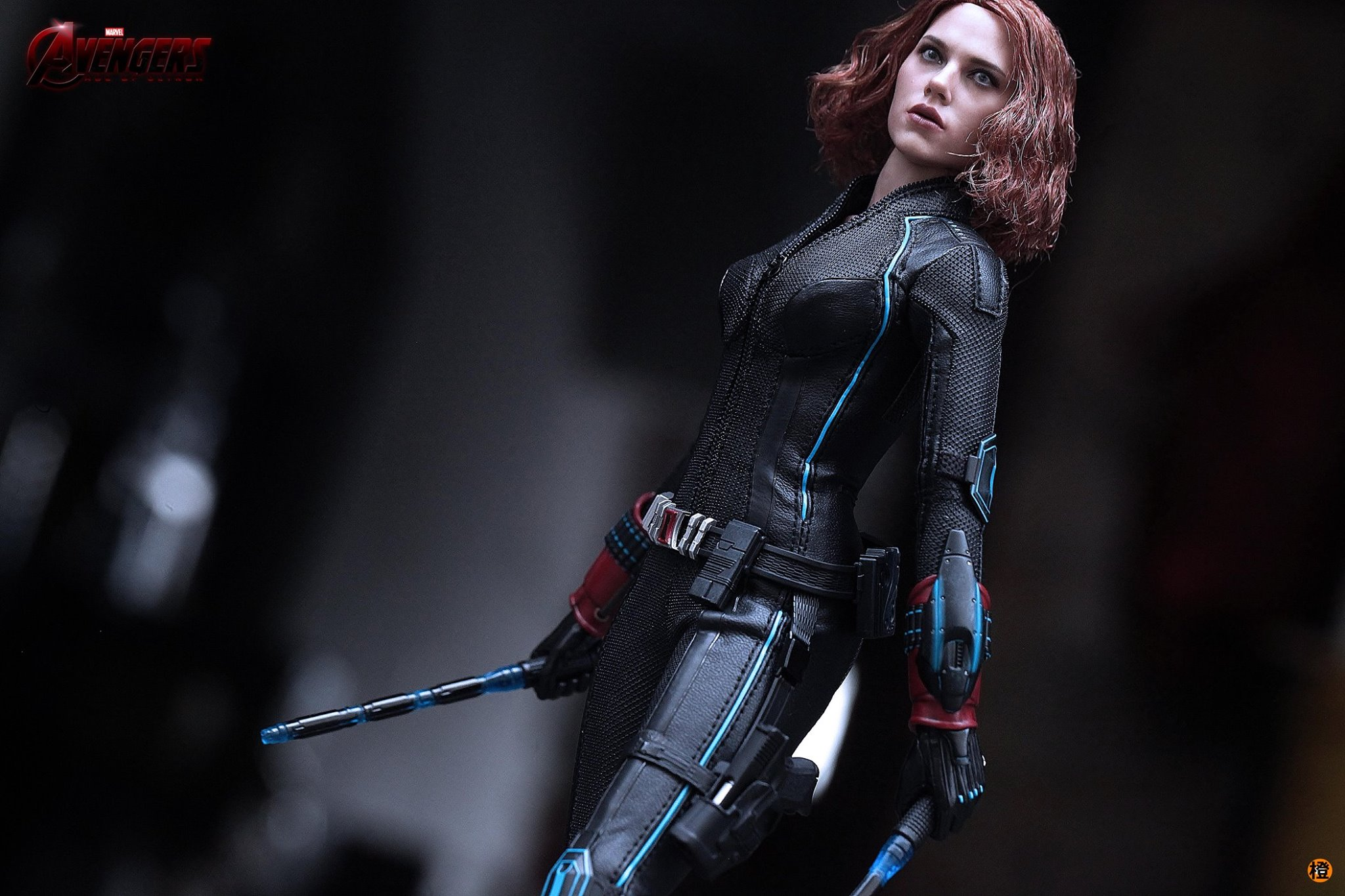 black-widow-hot-toys-11