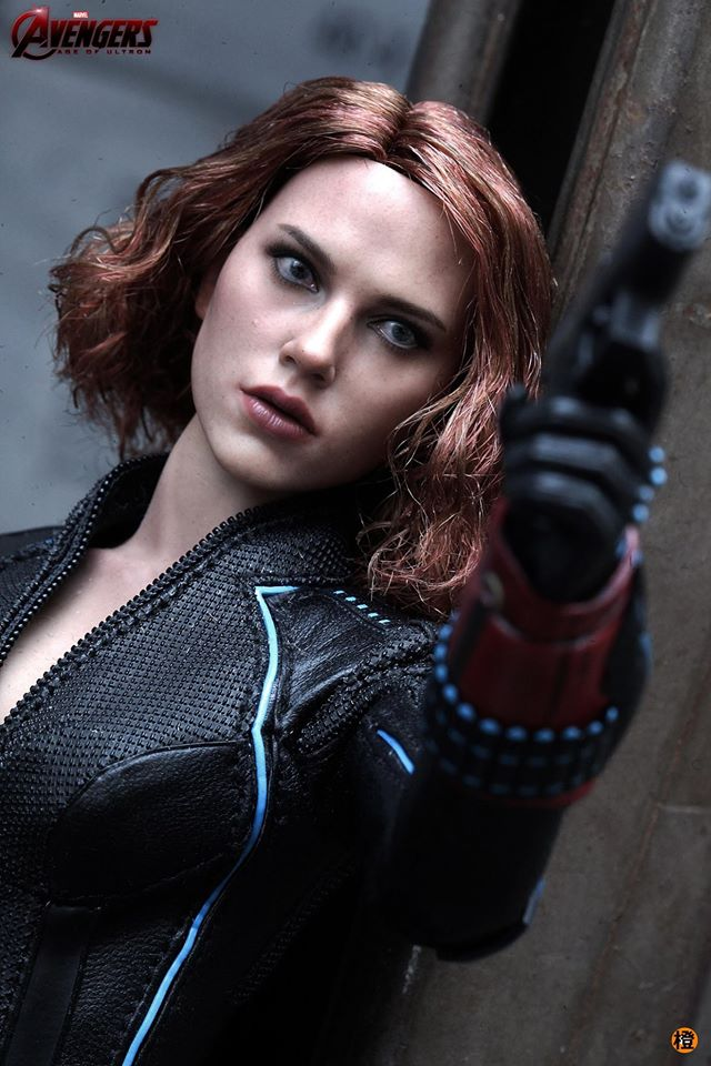 black-widow-hot-toys-13