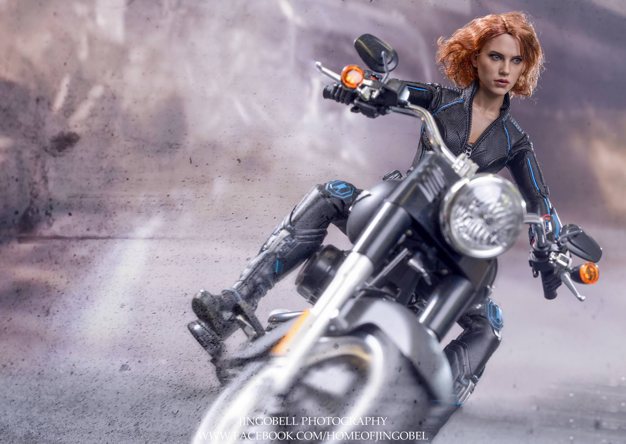 black-widow-hot-toys-16