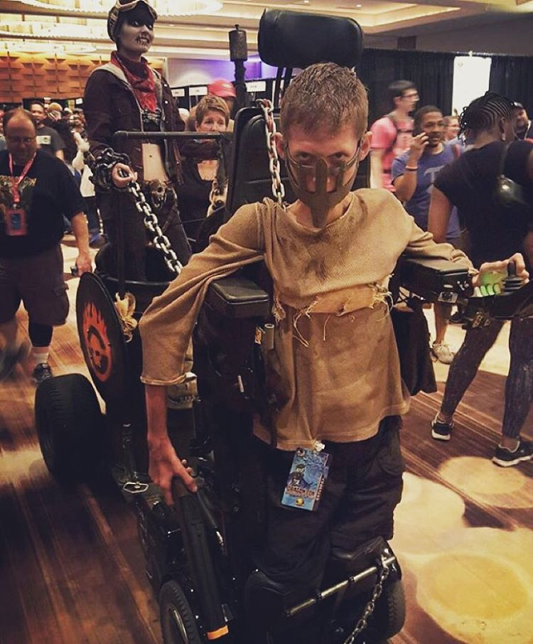 mad-max-wheelchair-cosplay-bloodbag-ben-carpenter-5