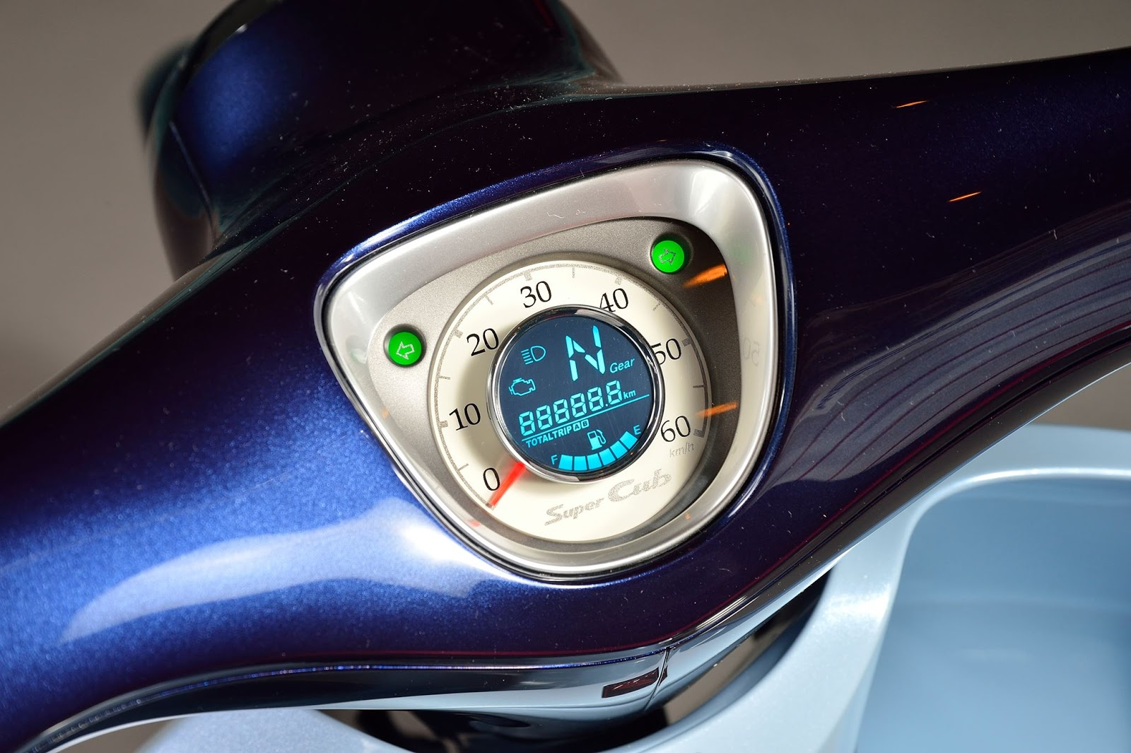 Honda Super Cub Concept 2015 03