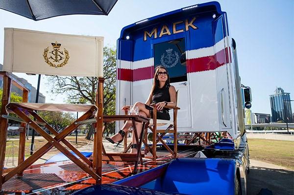 Sultan-of-Johor-Mack-truck18