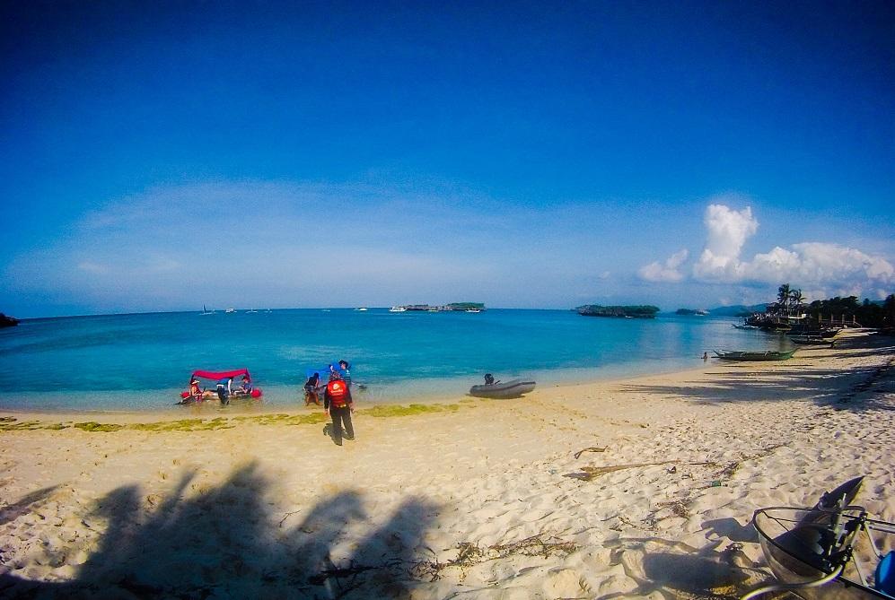 cristal-boat-boracay-island