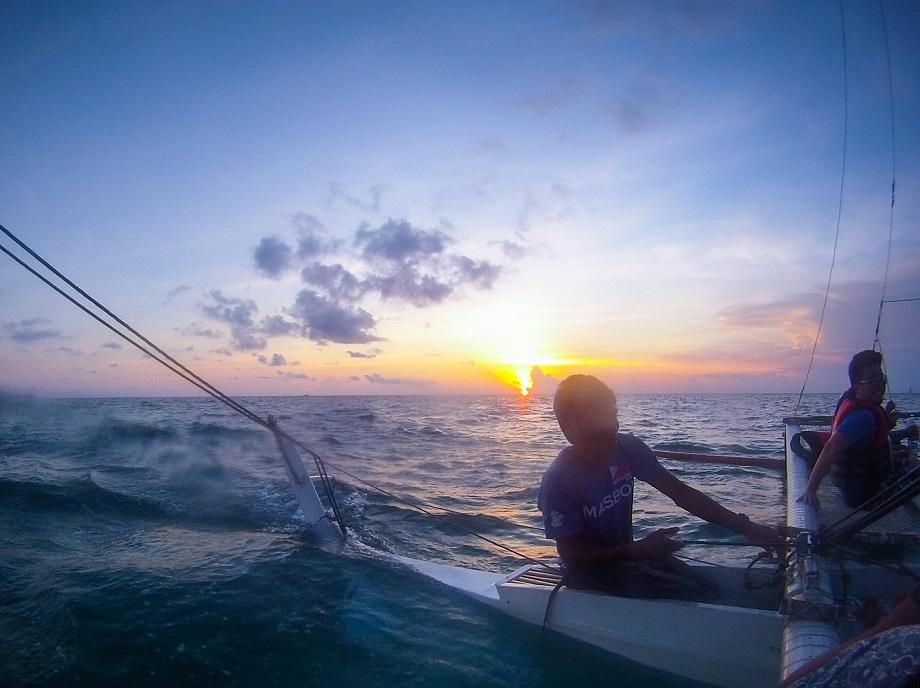 parau-sunset-sailing-boracay-island-filipina-2jpg