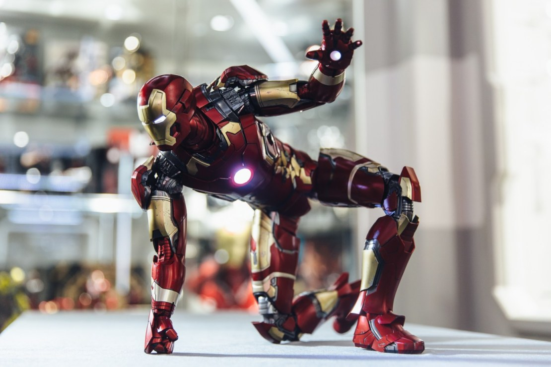 hot-toys-iron-man-mark-xliii-1-4th-1