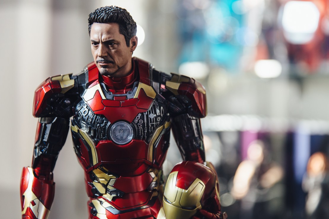 hot-toys-iron-man-mark-xliii-1-4th-3