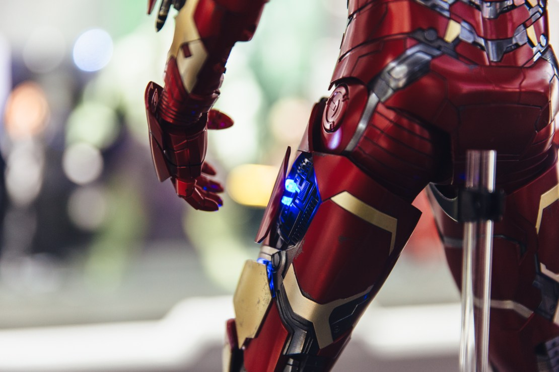 hot-toys-iron-man-mark-xliii-1-4th-7