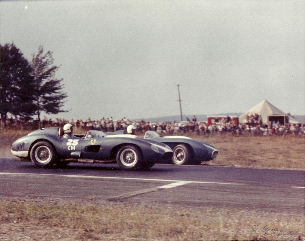 Ferrari 335S dalam satu perlumbaan