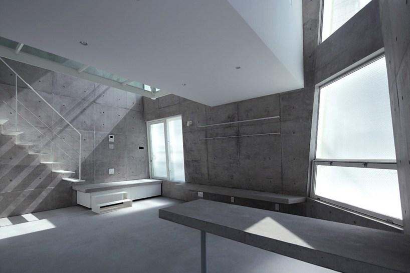 angular-home-tokyo-corner-space-3