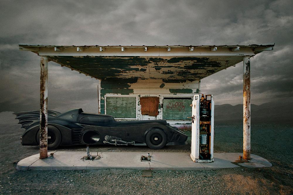 batman-travis-durden-post-apocalyptic-universe-02