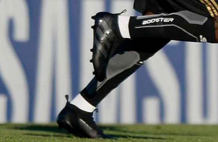 Pogba dengan boot Adidas Ace 16