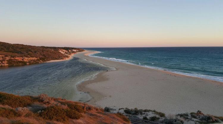 Moore River sanctuary, pertemuan muara sungai dan laut