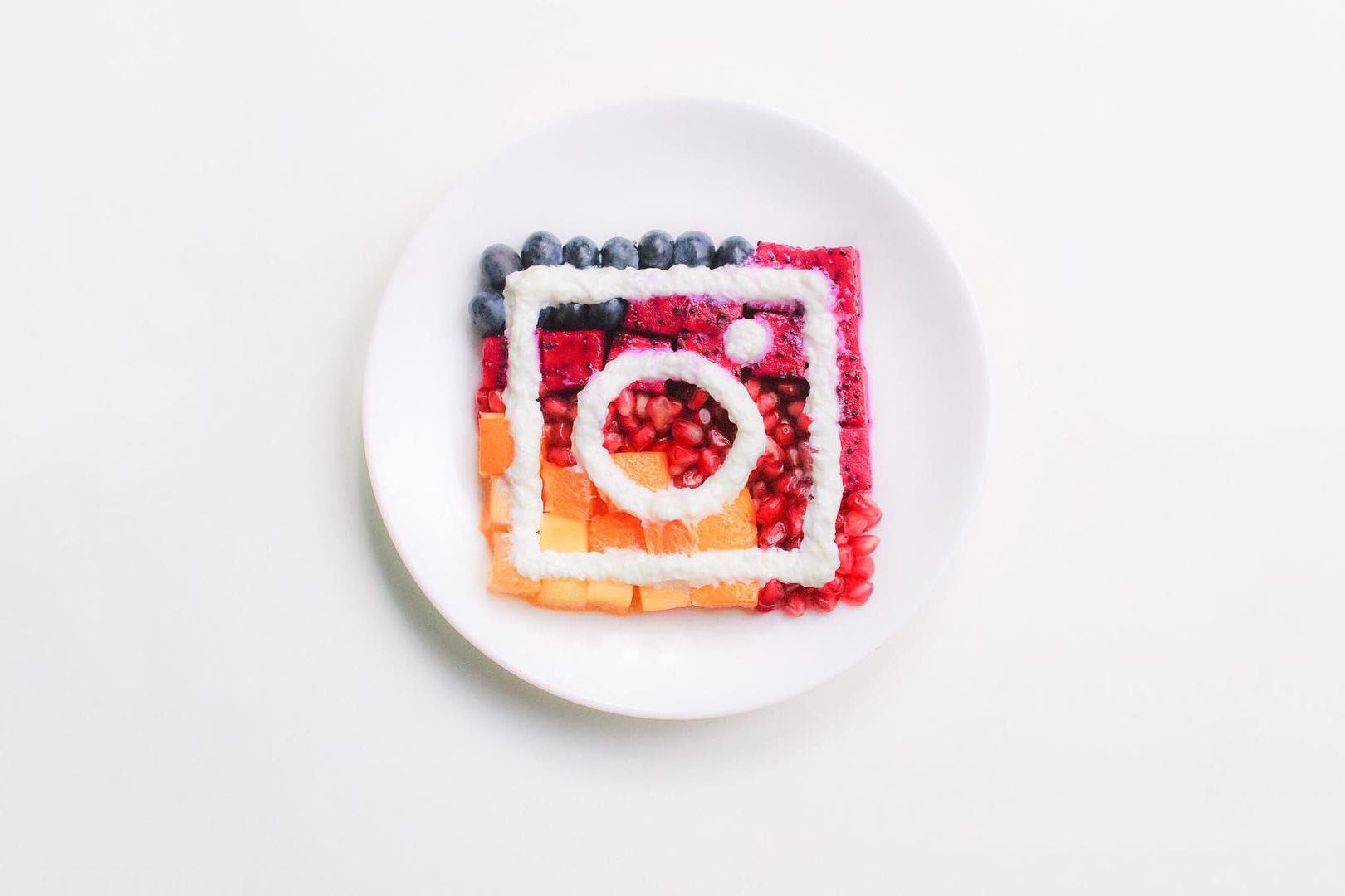 artists-recreate-new-instagram-logo-bentomonsters