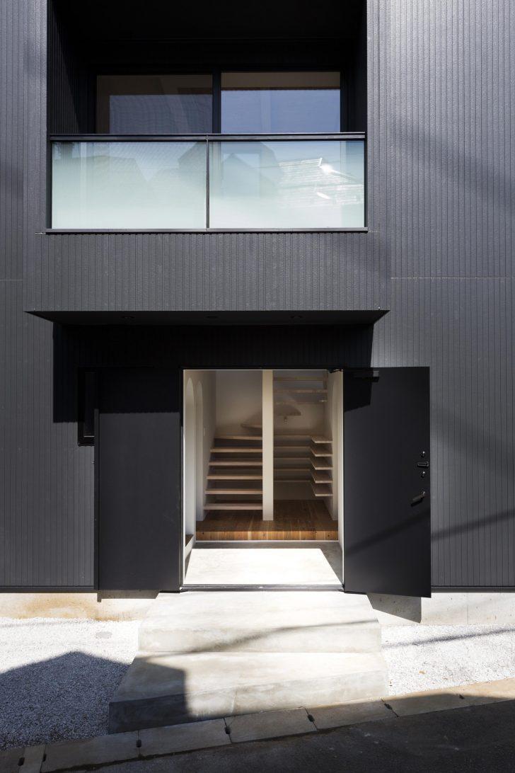 Pintu masuk utama