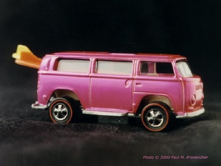 1969 Pink Rear-Loading Volkswagen Beach Bomb Hot Wheels