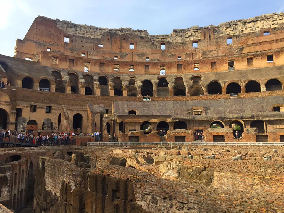 cara-ke-colosseum-rome-italy-11