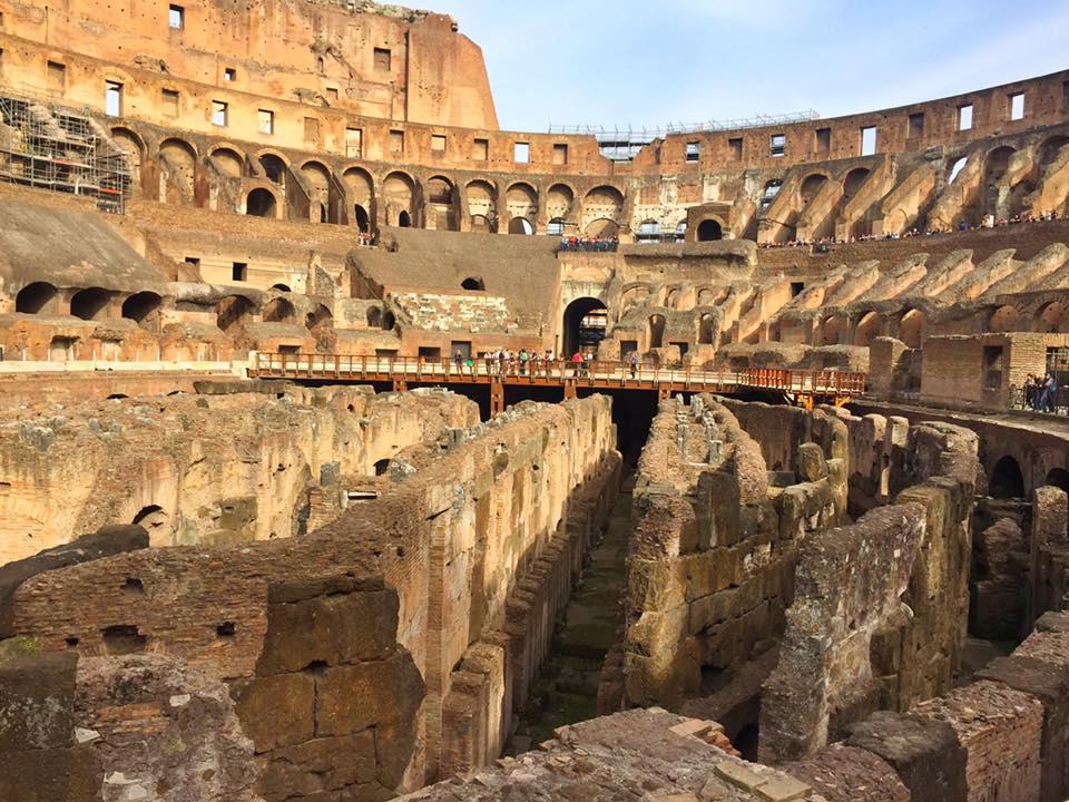 cara-ke-colosseum-rome-italy-12