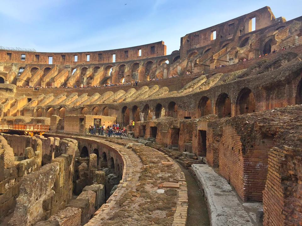 cara-ke-colosseum-rome-italy-13