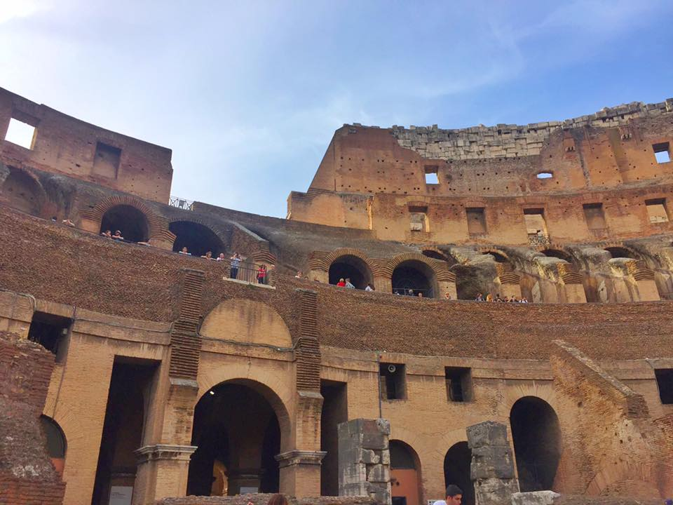 cara-ke-colosseum-rome-italy-14