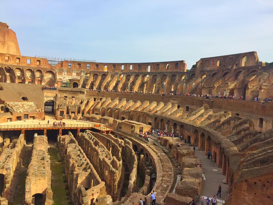 cara-ke-colosseum-rome-italy-19